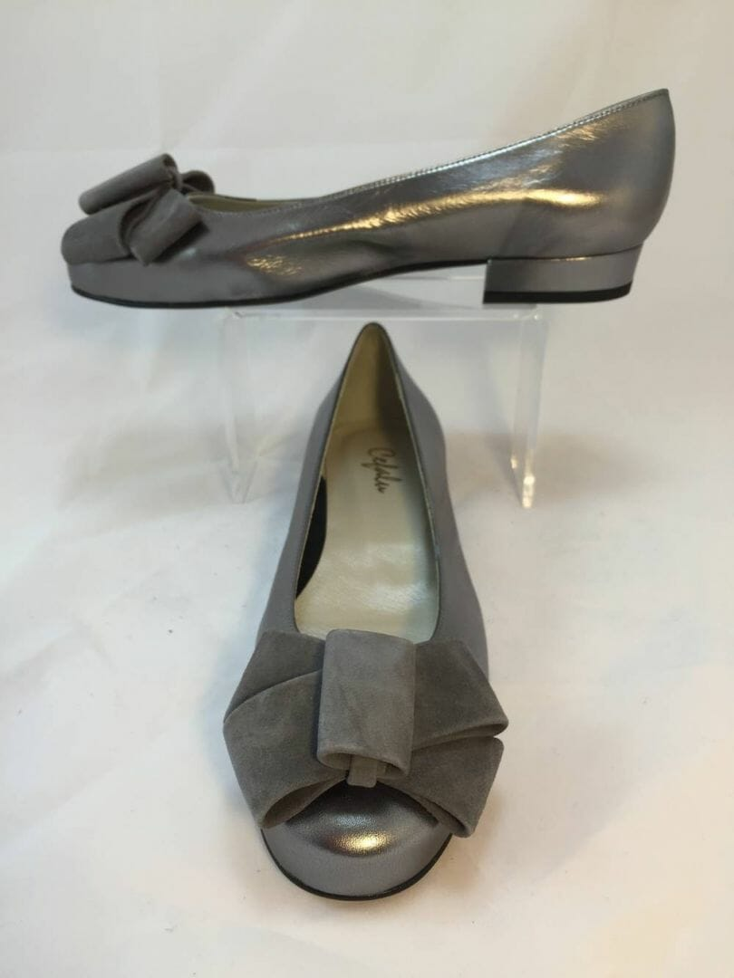 Cefalu Cuxiskysin pewter leather with grey suede bow detail shoe