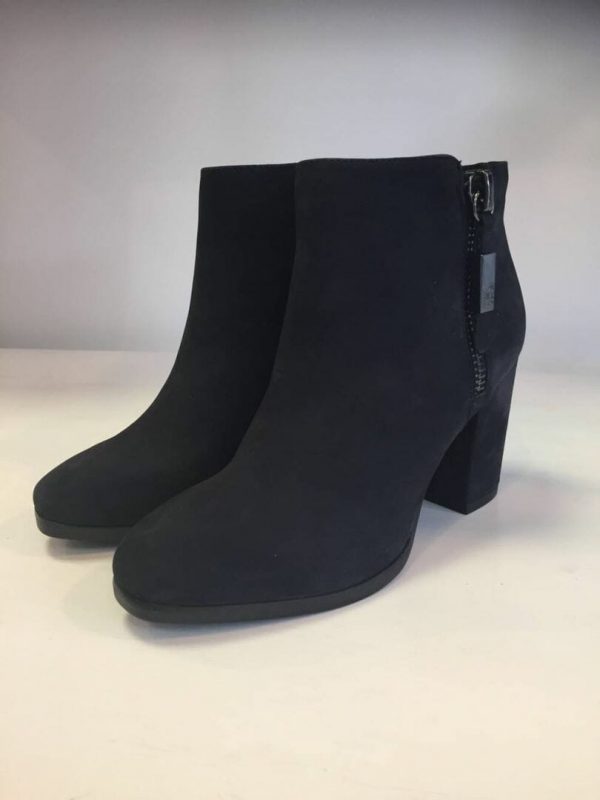 Caprice 9-25319-29 Black leather/suede combination ankle boot