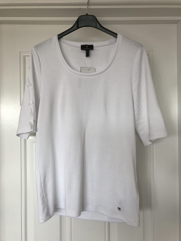 Marble 5660 scoop neck t-shirt with elbow length bow sleeves